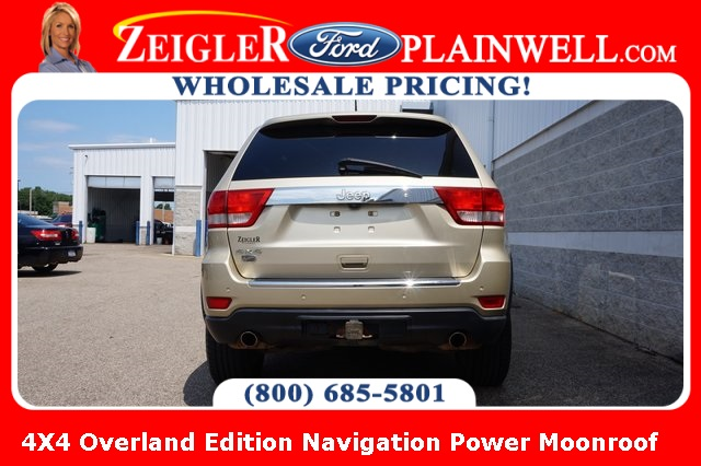 Pre-Owned 2011 Jeep Grand Cherokee Overland