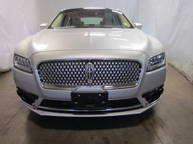 Certified Pre-Owned 2017 Lincoln Continental Reserve
