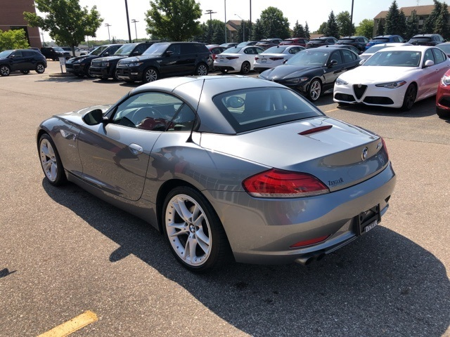 Pre-Owned 2010 BMW Z4 sDrive30i