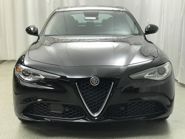 New 2019 Alfa Romeo Giulia Base 4d Sedan For Sale R19035 Zeigler